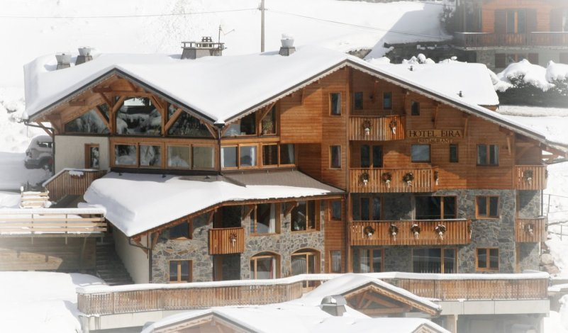 Chalet Eira, Morzine, Peak Leaders, ski instructor course, Snowboard instructor course