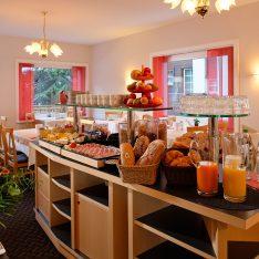 Breakfast Park Hotel