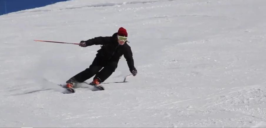 (Video) BASI skiing: Piste Long & Short / Level 1 & Level 2