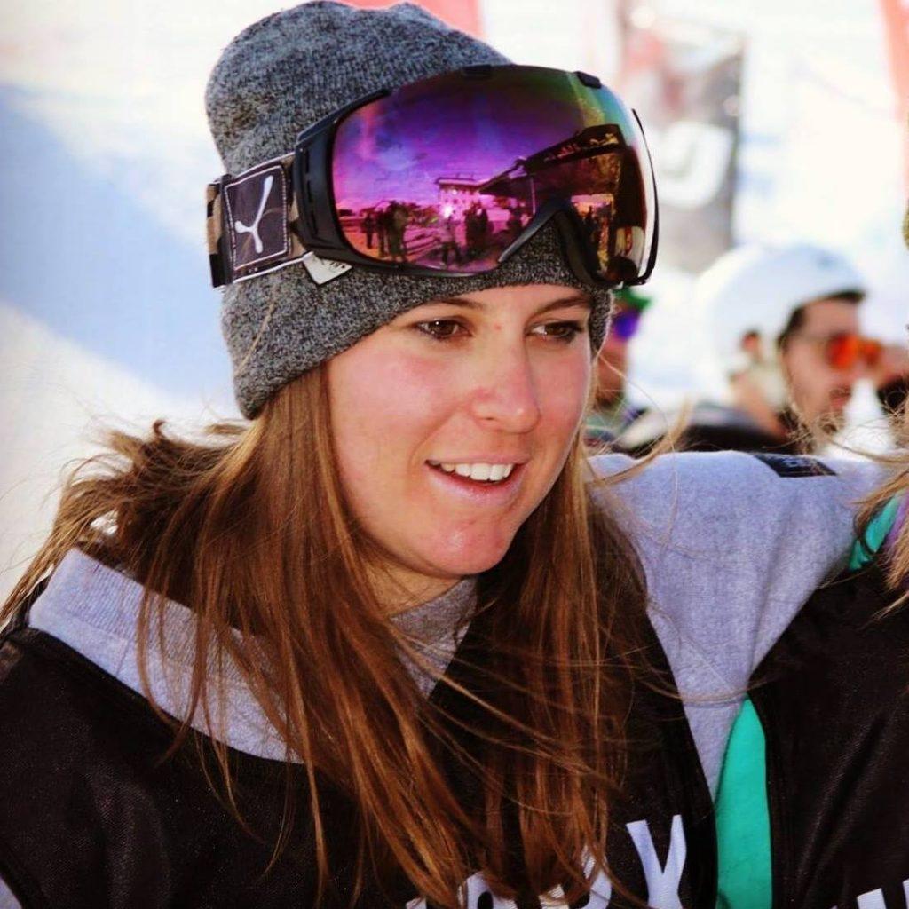 Profile picture of Georgina Hawkings, PeakLeaders Ski Instructor Graduate