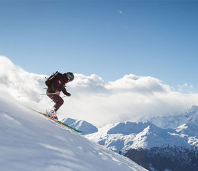 BECOME A SKI INSTRUCTOR THIS FEBRUARY
